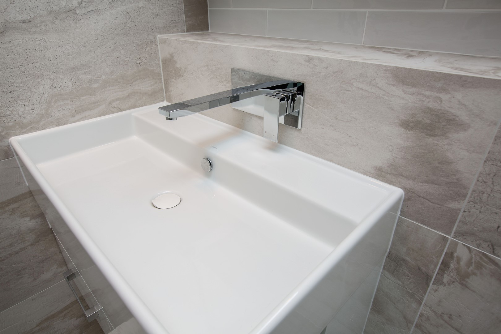 Teo Wall Basin with Mitzu Bliss Mixer Outlet